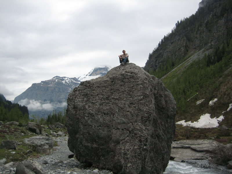 Rock Climbing Photo: Happened upon this boulder while on a day hike in ...