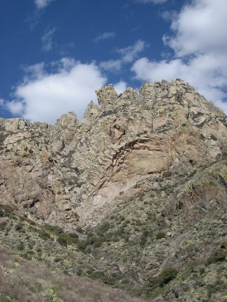 Rock Climbing Photo: The distinctive square-cog profile of Squaretop as...