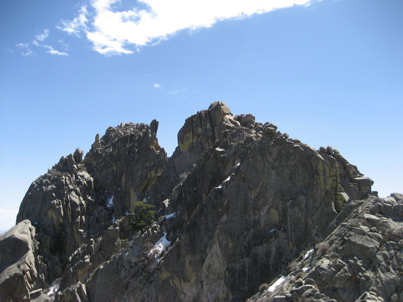 Little Square Top Massif and Little Square Top (left to right) as seen from the Square Top summit.
