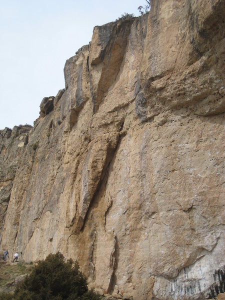 Rock Climbing Photo: To The Moon Alice! sits high above the left side o...