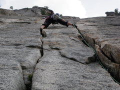 Rock Climbing Photo: Hillary styling up the beautiful 4th pitch of cent...