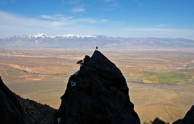 Looking east from an unnamed pinnacle high on the Wheeler Crest, about 4,000 feet above the valley.