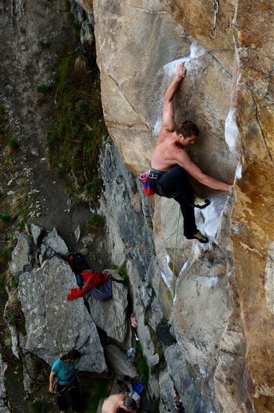 Rock Climbing Photo: Matt Ritter on the beginning of Thin man