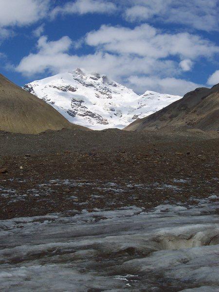 Mt. Silvertip, Castner Glacier Aug 2009