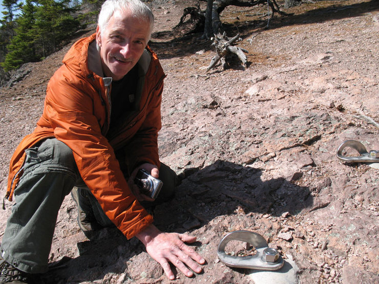 Rock Climbing Photo: Derrik Patola --Giant Anchors!