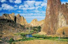 "Rock Climbing Photo: The classic ""first view of Smith Rock"" s..."