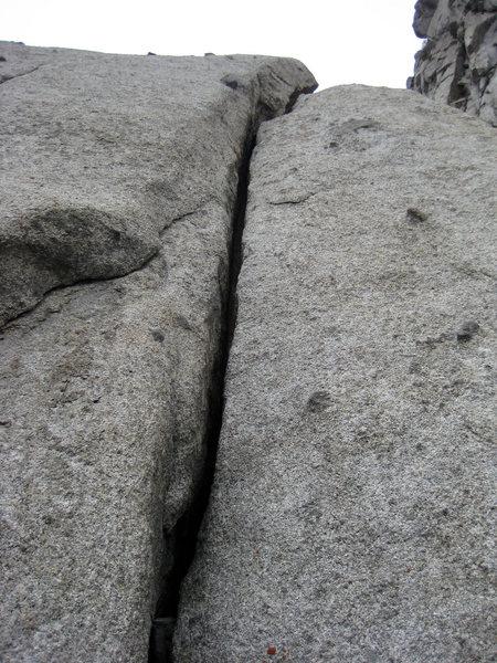 Rock Climbing Photo: Fist to Offwidth start