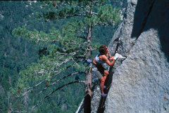 Rock Climbing Photo: Lisa Pritchett leading Flower of High Rank