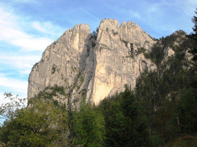 Rock Climbing Photo: Trois Pucelles