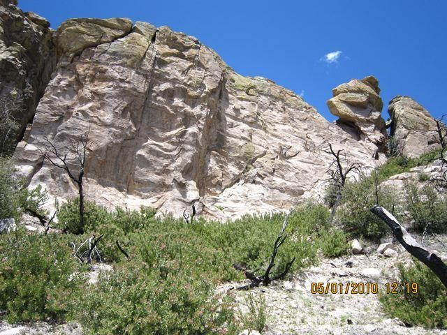 Rock Climbing Photo: The right side of this wall has at least 5 anchors...