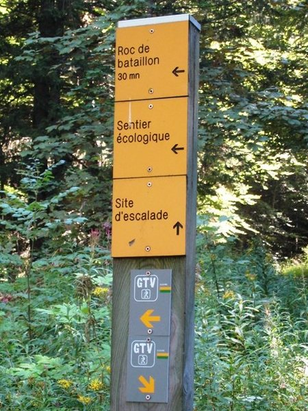 Rock Climbing Photo: Trail marker for Les Trois Pucelle living room...