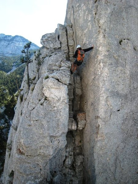 Rappel from the petite piton to the brèche Thorant at the base of the Dent Gèrard