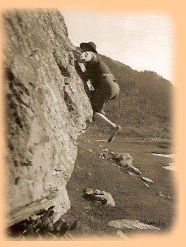 Bouldering Italy 1930's?