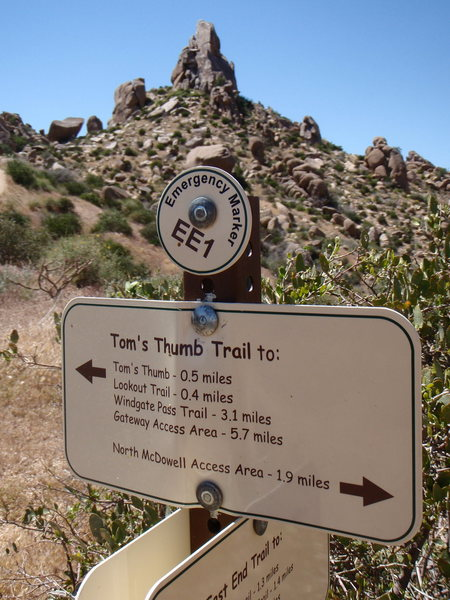 New Trail Markers courtesy of AMC and City of Scottsdale <br> Photo by ClimbPHX.com