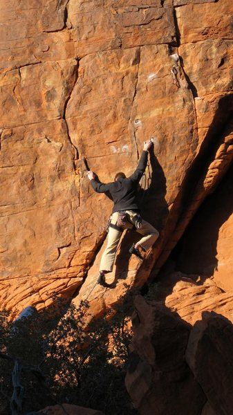 Rock Climbing Photo: starting off on the tenuous Fast Moving Train