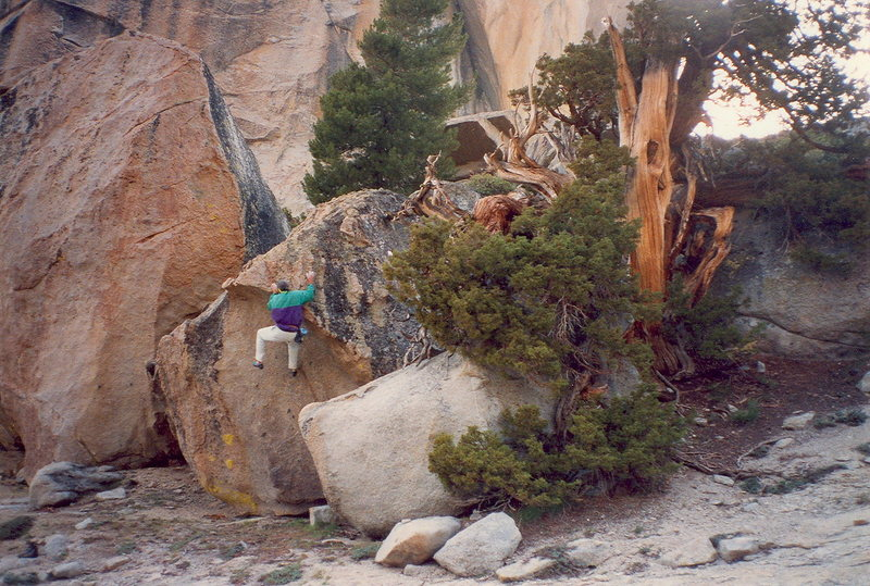 Rock Climbing Photo: Great Boulder, several are found here.