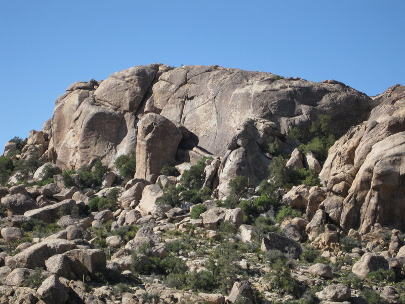 Rock Climbing Photo: Left side of Lower Walt's Rocks with Perfect Finge...