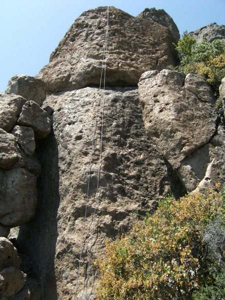 the climb as seen from below, with the line roughly following the rope.