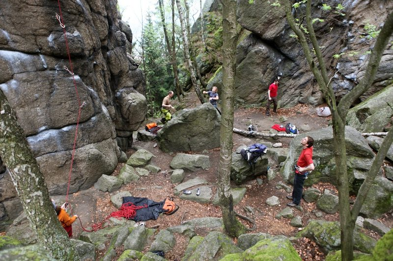Rock Climbing Photo: The crowds start gathering early
