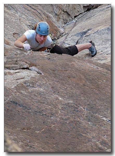 Rock Climbing Photo: Erica Bigio leading 2nd pitch of Pitfalls of Hesit...