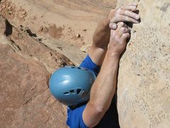 Rock Climbing Photo: Matt P clamping down on the crux holds of P3