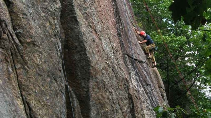 Rock Climbing Photo: Jeff Peck finds a Second Job he likes to work at.