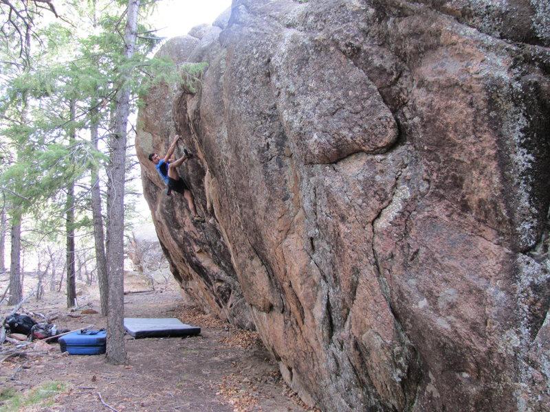 Rock Climbing Photo: Center Line V3