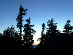 Rock Climbing Photo: Sunset with Venus and a crescent moon through the ...
