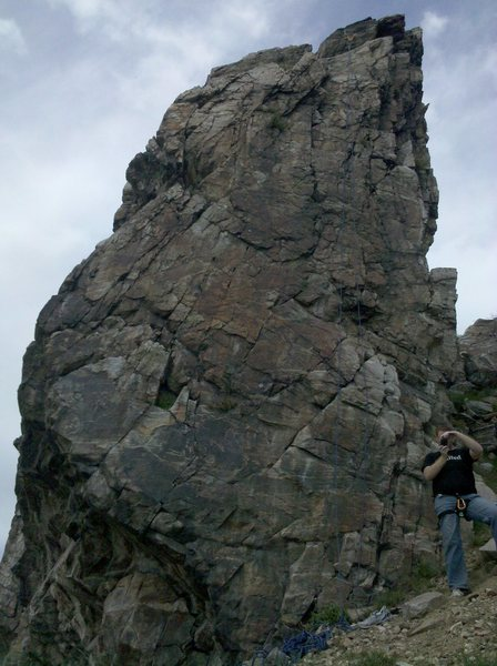Rock Climbing Photo: The climb fallows the left-side curvature of the w...