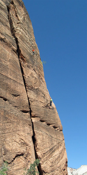 Perin Blanchard and Lee Jensen on the third pitch of <em>The Headache</em>.<br> <br> Photo by Marc Jensen.