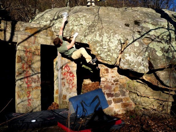 Adam Walker on &quot;DoorWay&quot; (V-4+) at the roadside boulder, bluefield boulders.<br>