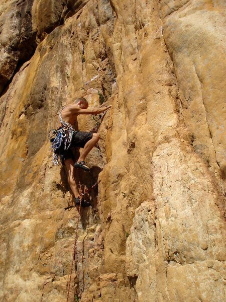 Rock Climbing Photo: Elliot on The Golden Fleece
