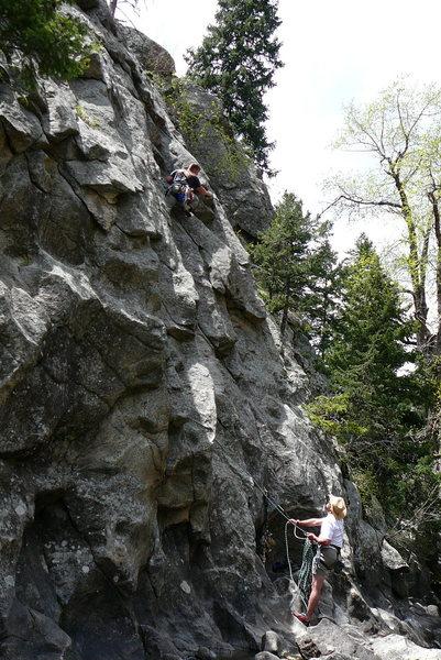 Rock Climbing Photo: Spirit on the water, P1, Anchored belay,