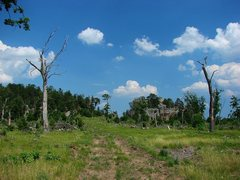 Rock Climbing Photo: Rattlesnake Mound from the parking spot.