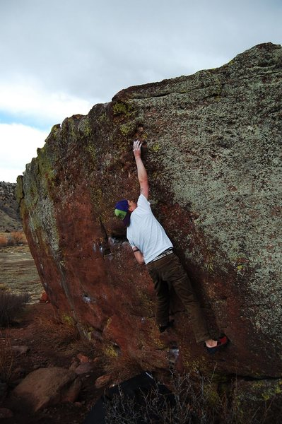Warming up on Lono, V1 at Matthew Winters Park, CO.