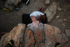 Rock Climbing Photo: Topping out on Penny Lunge V0+, Rotary Park, Horse...