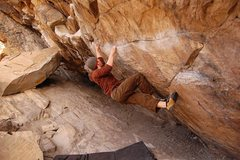 Rock Climbing Photo: Tom Scupp moving in before setting up for the lung...