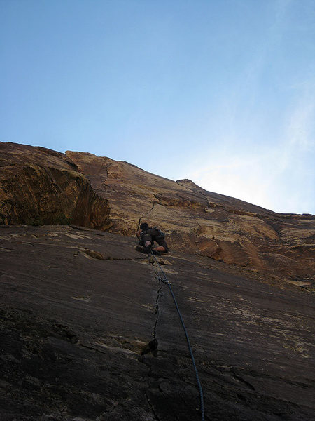 Rock Climbing Photo: P1 just before the 5.9 hand crack (photo by Jascha...
