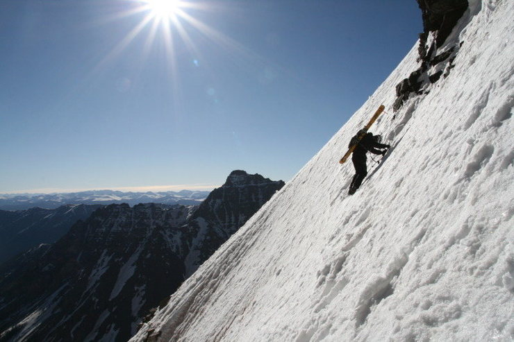 Rock Climbing Photo: The traverse on South Maroon. Photo taken by Mike ...