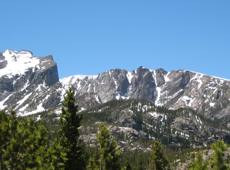 Rock Climbing Photo: Hallet and Flattop seen from near Alberta Falls.  ...