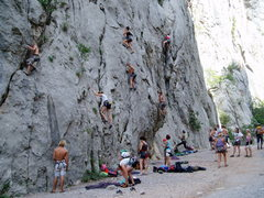 Rock Climbing Photo: weekend crowd?