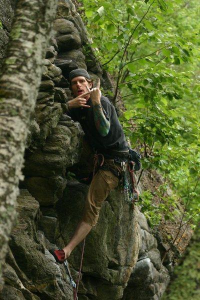 Rock Climbing Photo: some dork in a nice kneebar on Yoda