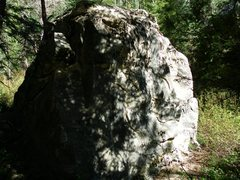 Rock Climbing Photo: Boulder located 2 minutes up the trail. Boulder ho...