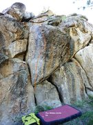 Rock Climbing Photo: Hidden Cliff Prow Topo