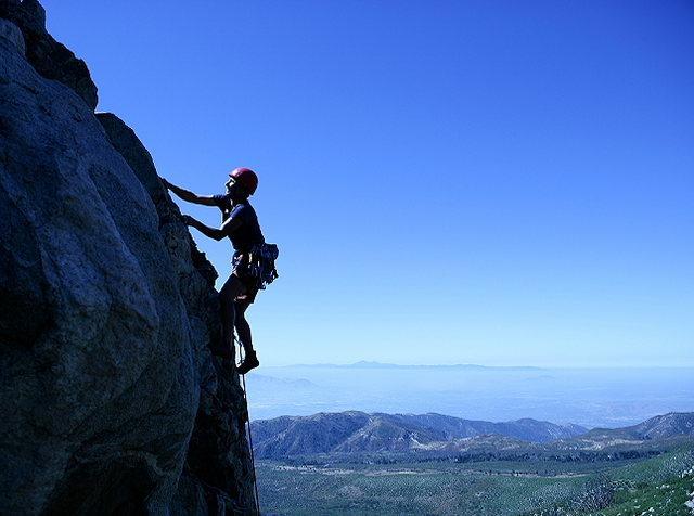 Rock Climbing Photo: Lisa Pritchett leading Loch Ness