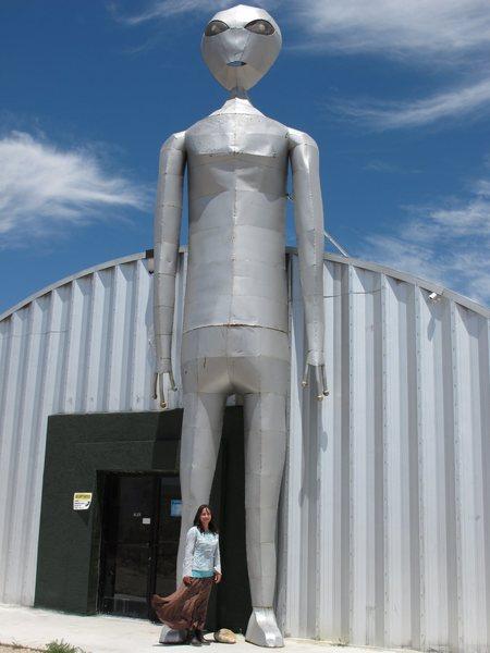 I love giant aliens!<br> <br> Taken 6/14/10