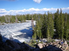 Rock Climbing Photo: Peering down at a still frozen Cliff Lake from the...