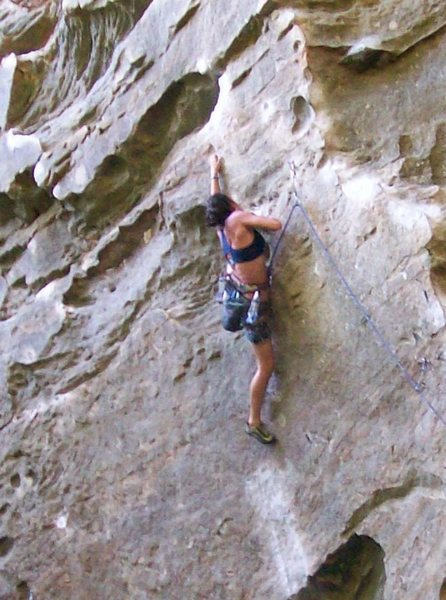 The classic 5.12a, Ro Shampo at RRG.