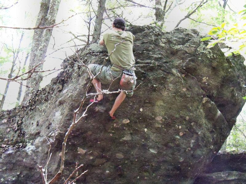 Travis H on the Plasma Arete (v4) Rock House Ridge Trail (RHRT), Rock House Area, GHSP.<br> <br>