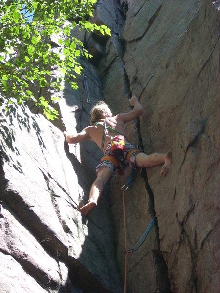 Rock Climbing Photo: Vince barefoot.